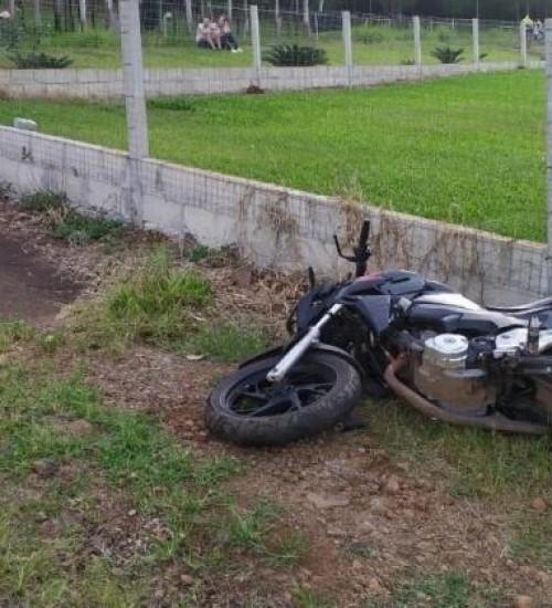 Jovem morre em acidente de moto no interior de Mondaí.