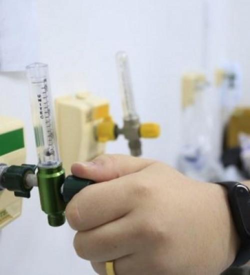 Justiça dá 48 horas para Governo de SC informar sobre estoques de medicamentos.