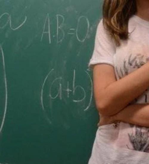 Professor é denunciado pelo estupro de quatro alunas.