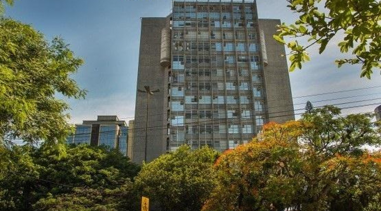 Judiciário catarinense prorroga a suspensão do atendimento presencial até 2 de maio.