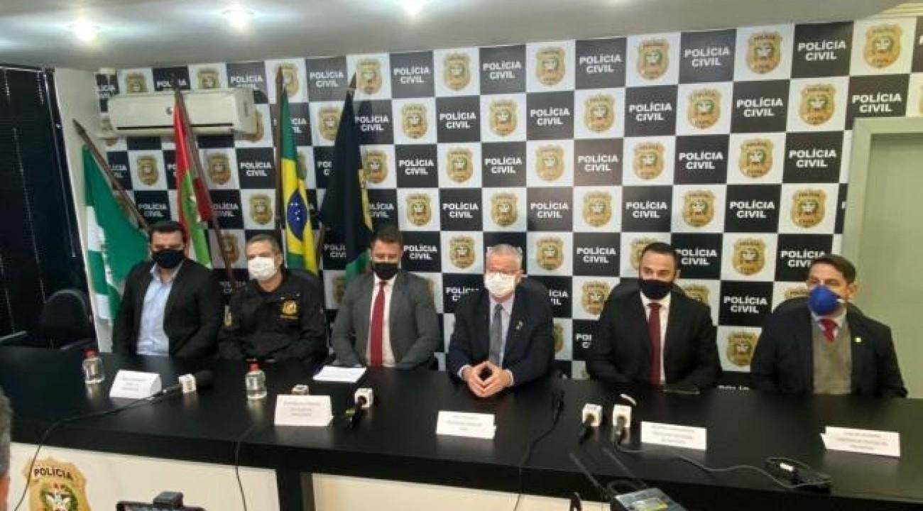 'Queria matar o máximo': delegado detalha motivação e reconstitui ataque a creche em SC.