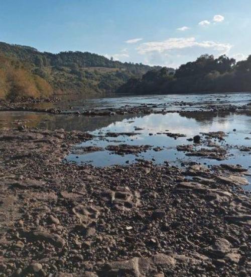 Seca avança no Oeste e Meio-Oeste catarinense e boletim alerta para uso racional de água.