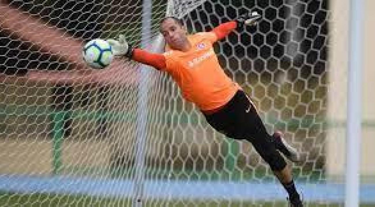 Lomba e Saravia apresentam sintomas gripais e desfalcam o Inter.