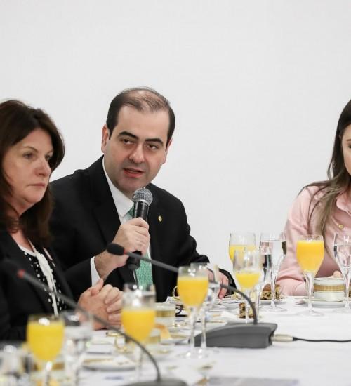 Bancada catarinense votou 70% favorável ao aumento do fundo eleitoral; veja os votos.