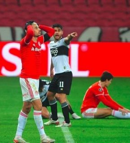 Inter perde para Olimpia nos pênaltis e está eliminado da Libertadores.