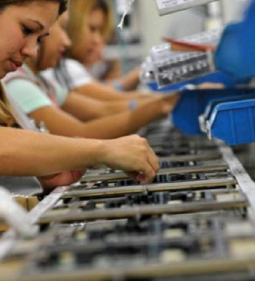 Santa Catarina fortalece indústria e alcança menor índice de desemprego do País.