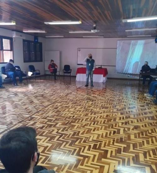 Secretários municipais participam de reunião do Colegiado de Agricultura da Ameosc.