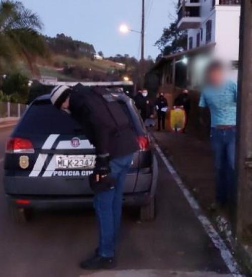 Vítima de homicídio é identificada e suspeito de cometer o crime é preso pela Polícia Civil de Descanso.