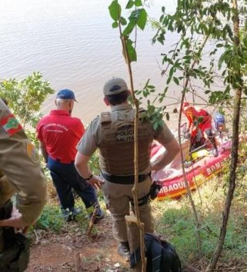Bombeiros de SMOeste encontram corpo de jovem que estava desaparecido em Paraíso.