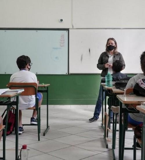 Segundo semestre letivo começa nas escolas estaduais.