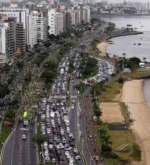 Cidades de SC têm manifestações de 7 de Setembro a favor de Bolsonaro.