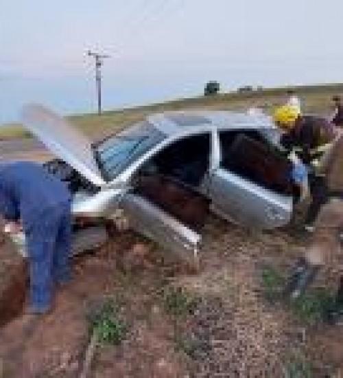 Grave acidente deixa motorista ferido na SC 163, entre Descanso e Iporã do Oeste.