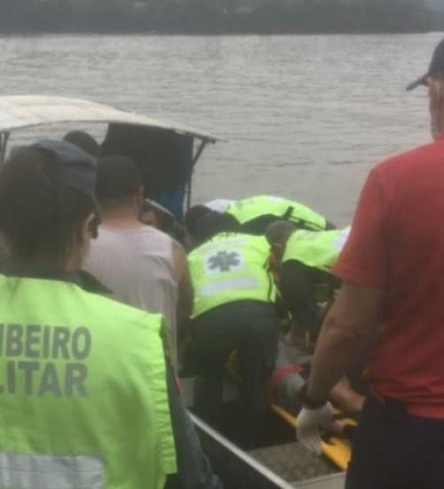 Homem é atropelado por carreta sobre a balsa de travessia do Rio Uruguai