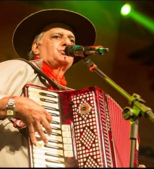 Morre o músico tradicionalista Iedo Silva, vítima da Covid-19.