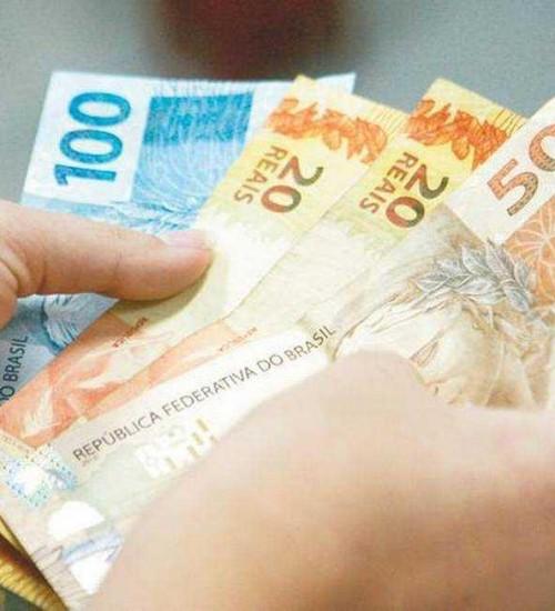 Salário mínimo em 2022 poderá ser de R$ 1.169.
