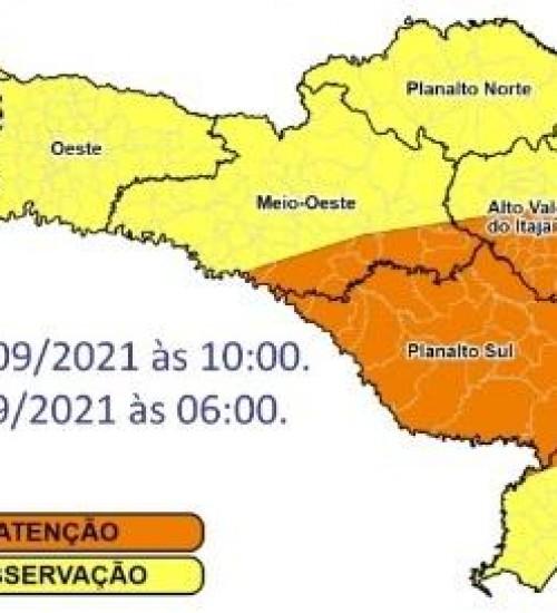 SC ainda terá grande volume de chuva e risco de alagamentos neste sábado.