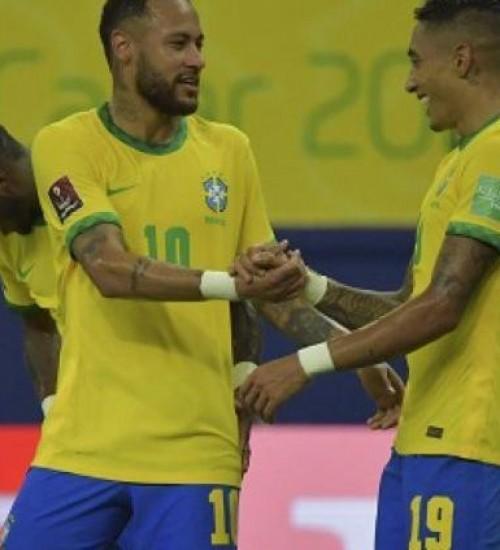 Brasil atropela o Uruguai pelas Eliminatórias e pode confirmar vaga na Copa em novembro.