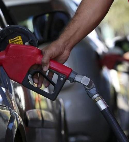 Câmara aprova projeto que altera cobrança de ICMS dos combustíveis.
