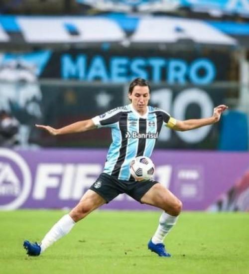 Grêmio divulga boletim médico e atualiza situação de Geromel.