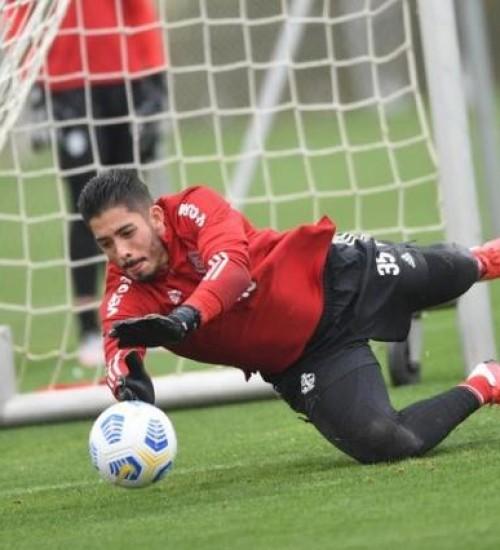 Lindoso deve voltar, e Daniel ainda preocupa para o jogo do Inter contra o Bragantino.