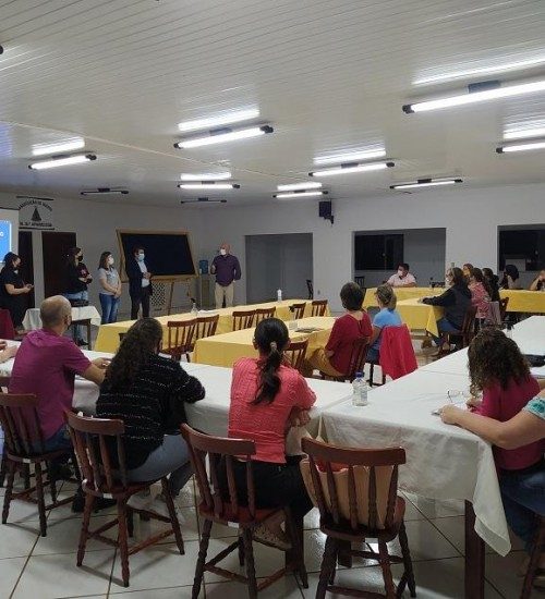 Santa Helena inicia curso de cuidadores de idosos.